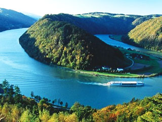 Biseri Donave: Dunaj, Bratislava, Budimpešta