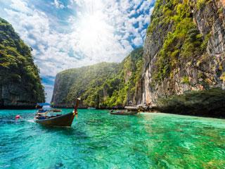 Phuket - sanjske počitnice z vodnikom