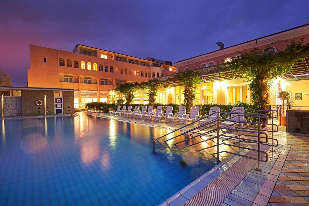 Izola - Hotel Delfin 3*